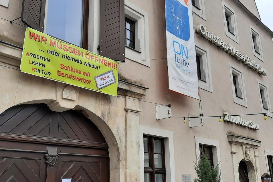 """... - ebenso wie Peter Besser, der Wirt des Restaurants """"Zum Alten Sack"""" auf der Neustadt."""