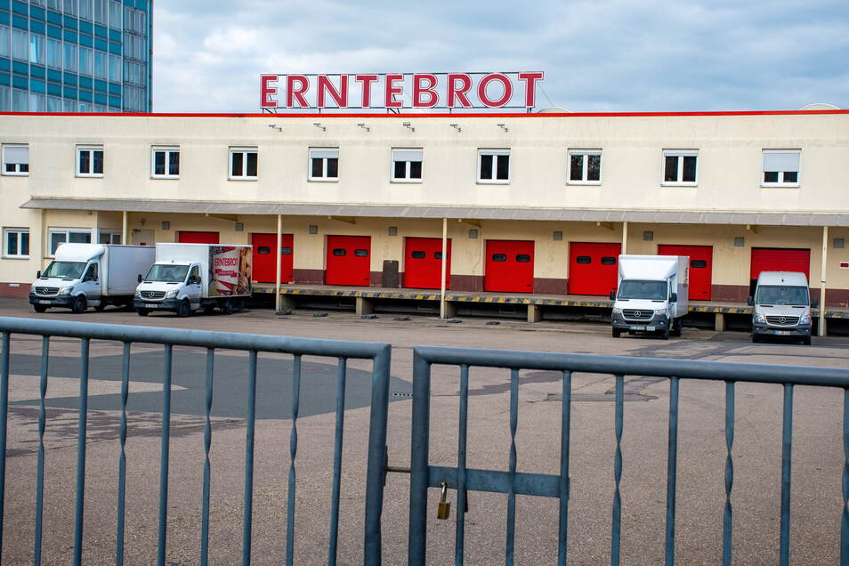 Ein Investorenteam übernimmt jetzt im April die angeschlagene Großbäckerei Erntebrot in Döbeln-Masten. Damit scheinen die 130 Arbeitsplätze und 21 Filialen gesichert.