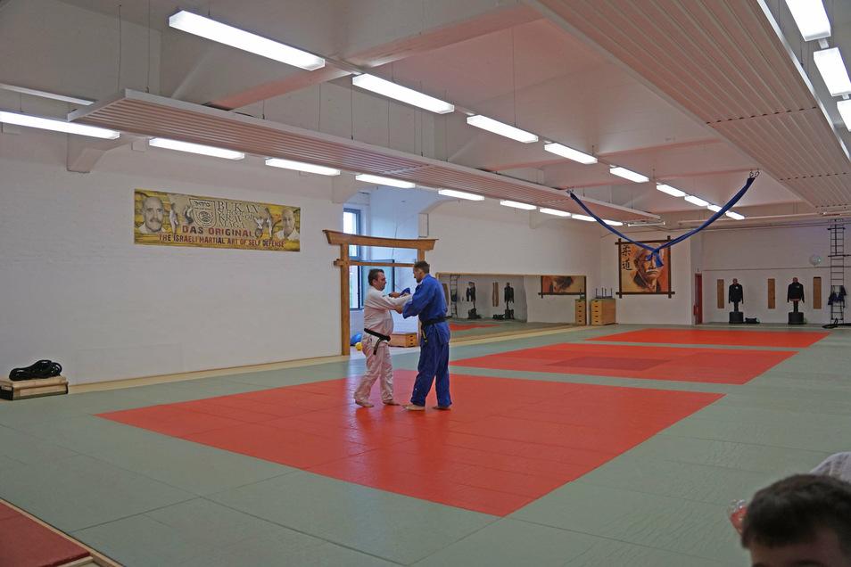 Die Halle für Judoka und Schützengilde wurde erneuert.