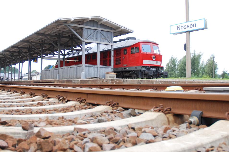 Kehrt die Bahn doch noch einmal nach Nossen zurück: Ein Zweckverband im Chemnitzer Raum spricht sich in einem Grundsatzbeschluss dafür aus.