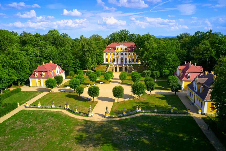 Traumkulisse für Hochzeiten, Ausstellungen und Konzerte: das Barockschloss und Park Neschwitz.