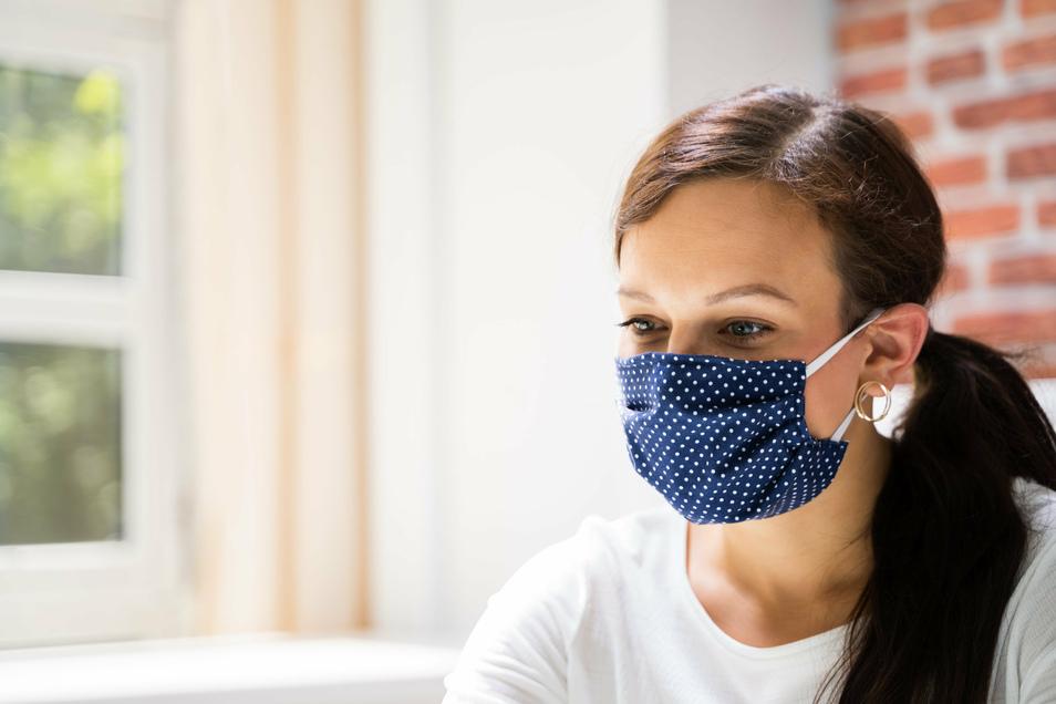 Angst vor einer Ansteckung – trotz Maske.