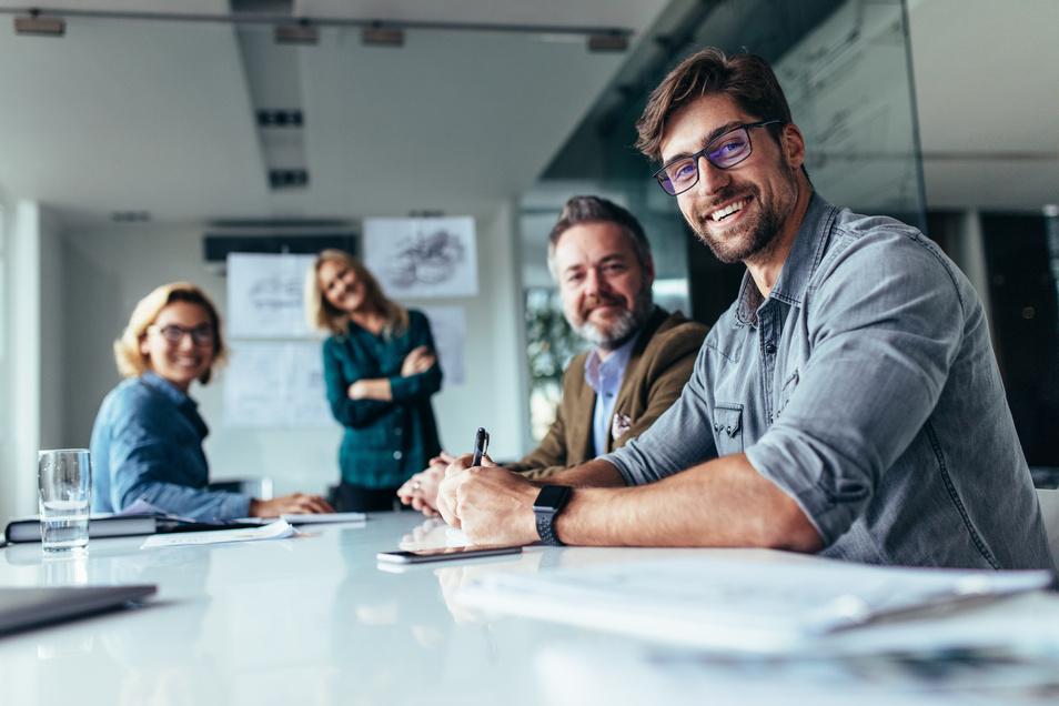 Motivation für Mitarbeiter: bei Inhouse-Schulungen kommen die Referenten auch ins Unternehmen.