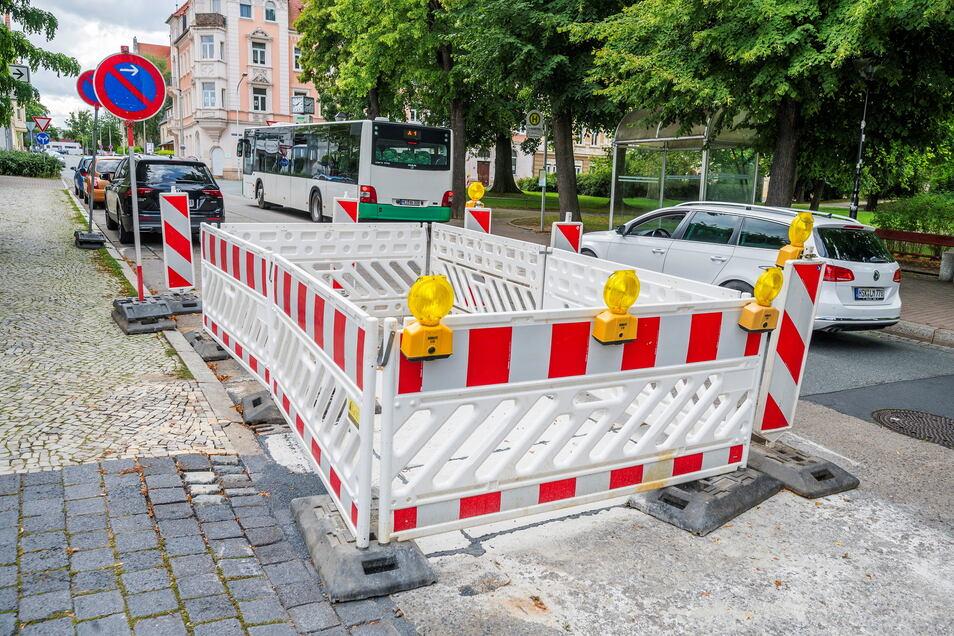 Sommerzeit ist Baustellenzeit. Zu den geplanten kamen in Riesa zuletzt auch kurzfristig einige Arbeiten hinzu - wie hier am Puschkinplatz.