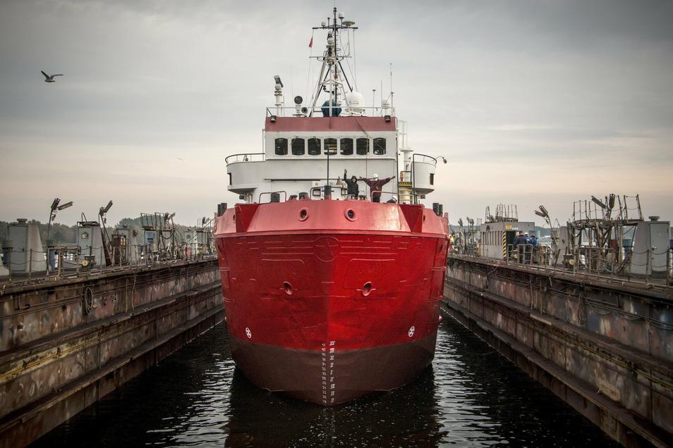 """Die """"Sea-Eye 4"""" liegt derzeit zum Umbau in einem Hafen in Mecklenburg-Vorpommern."""