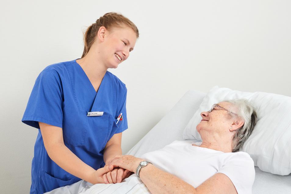 Professionalität und gleichzeitig eine empathische und einfühlsame Patientenbetreuung sind die Grundsätze der Pflegeberufe in der Diakonissenanstalt Dresden.