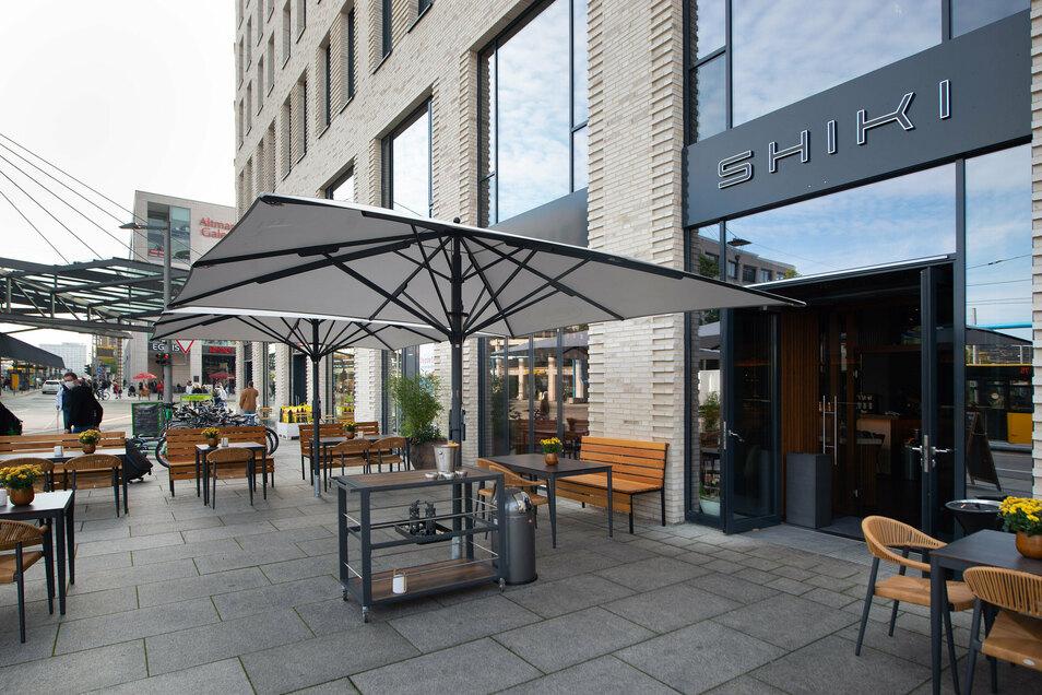 """Der Postplatz wird gastronomisch internationaler: Das """"Shiki"""" ist ein Mix aus Restaurant, Bar und Musikclub. Nebenan gibt es typisch tschechisches Essen in Wenzels Prager Bierstuben."""