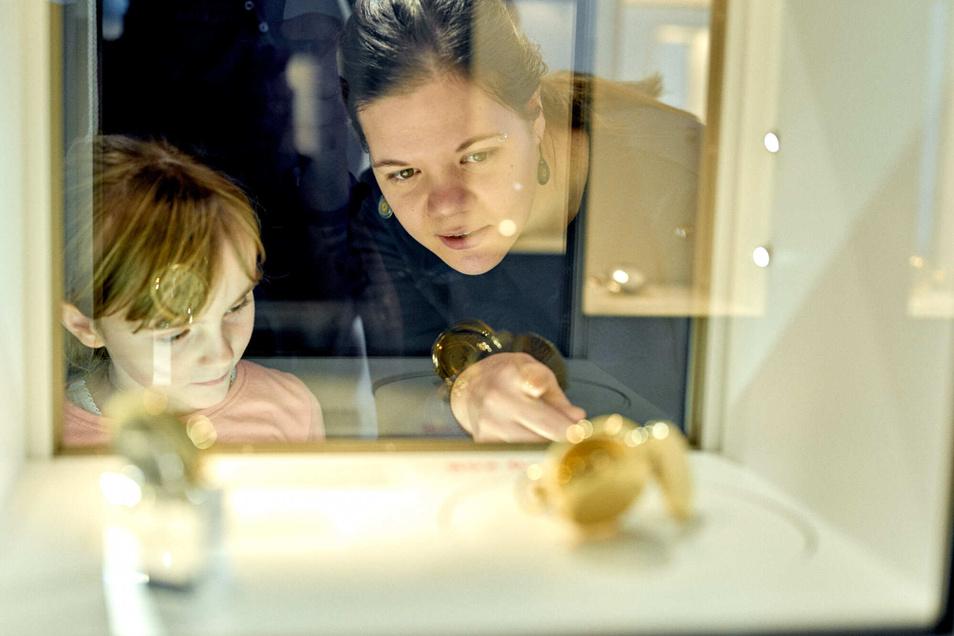 Spannende Einblicke in die Welt der Uhren bietet das Uhrenmuseum.