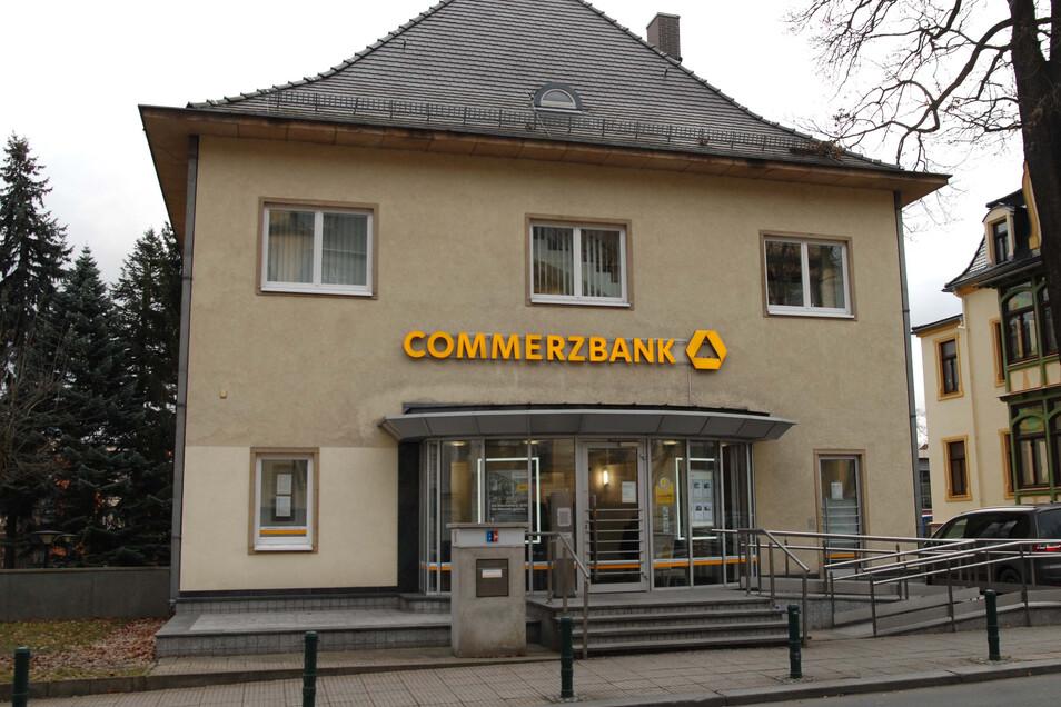 Die Löbauer Filiale der Commerzbank in der August-Bebel-Straße.