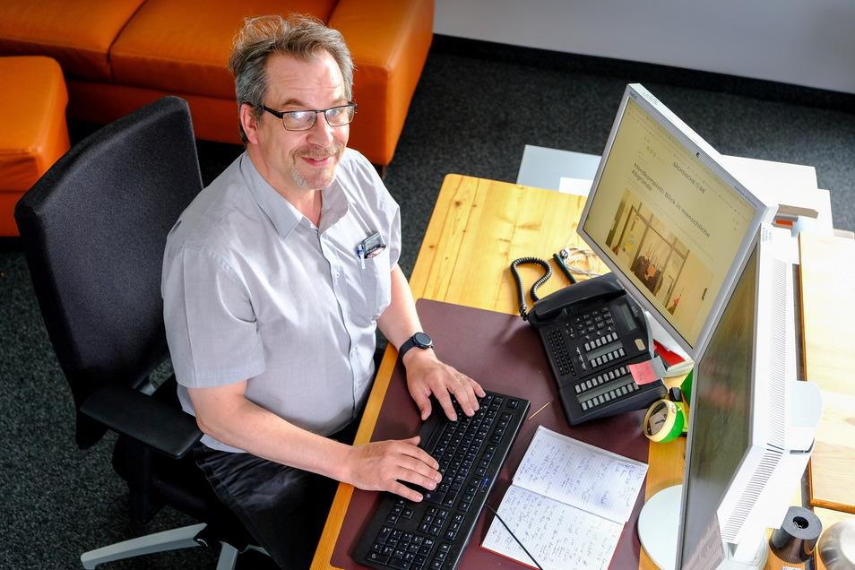 Alexander Schneider arbeitet für die SZ-Stadtredaktion Dresden als Reporter. Fotos: Arvid Müller (4)