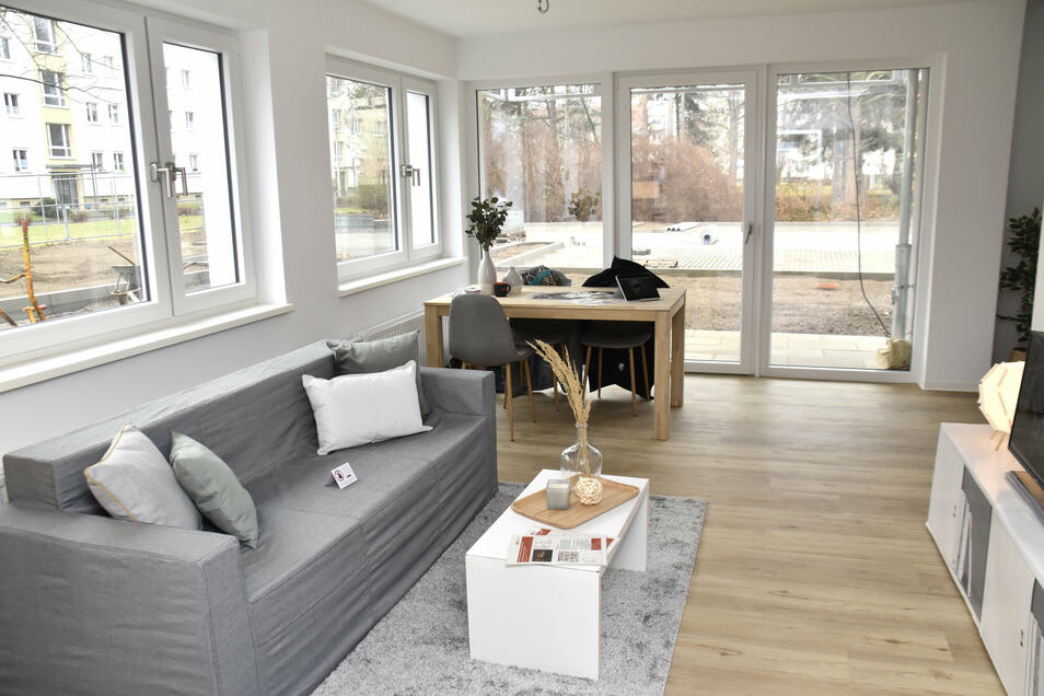 Platz für eine Familie mit vier Kindern: In Leuben ist die erste neu gebaute Sozialwohnung fertig. Sie soll zeigen, wie die Räume künftig ausgestattet sind.