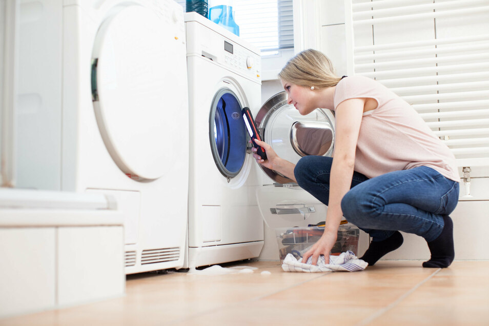 Mindestens einmal im Monat sollte man ein Waschprogramm mit 60 Grad wählen.