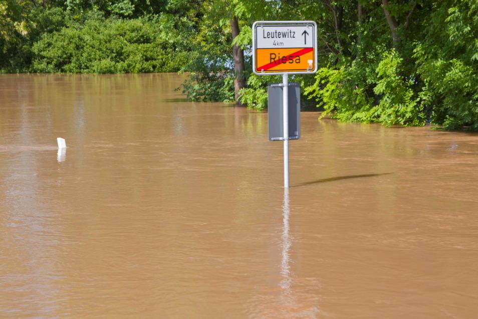 Ein Eindruck vom Elbhochwasser 2013 in Riesa.