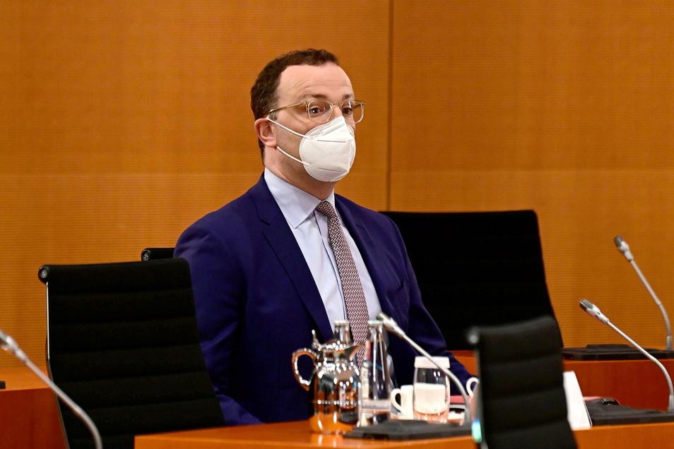 Bundesgesundheitsminister Jens Spahn bekam 2020 reichlich Masken - und hat seitdem auch reichlich Ärger.