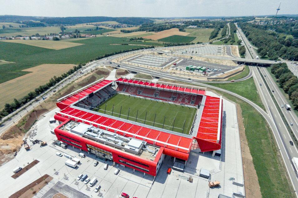 SSV Jahn Regennsburg | Jahnstadion | Kapazität: 15.210 | Auslastung: 5.324 | Auslastung in Prozent: 35.