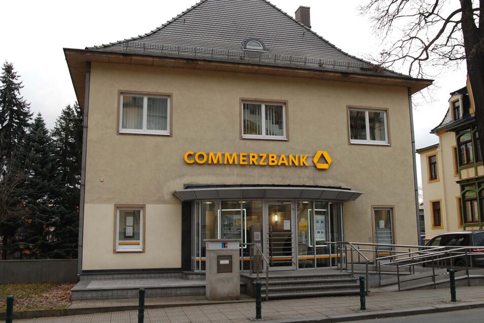 Die Commerzbank-Filiale an der Löbauer August-Bebel-Straße
