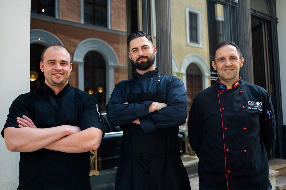Die drei Hauptköche im Restaurant Bürgerstübl: Radek Stawiarski, Dawid Pacholarz und Bartlomiej Druciak (von links).