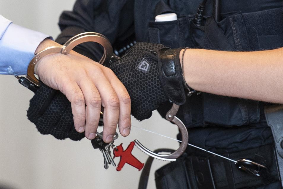 In Deutschland gibt es immer weniger jugendliche Straftäter.