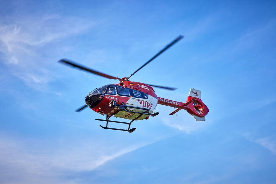 Einsatz für den Hubschrauber: Eine Frau musste in der Sächsischen Schweiz gerettet werden.
