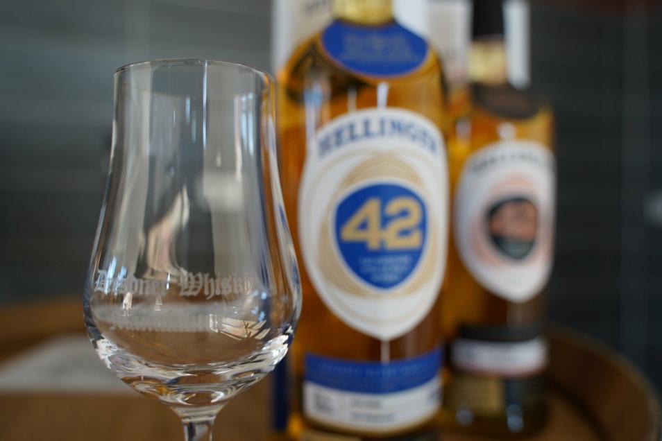 Keine Kopie der schottischen Tradition, sondern mit eigenen Akzenten: die Dresdner Whisky-Marke Hellinger. Fünf Sorten soll es geben.