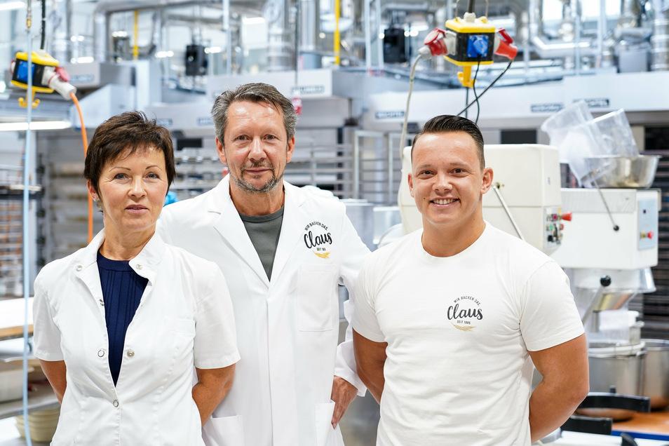 Steffi und Lutz Claus - hier mit Sohn Lukas - betreiben in Coswig, Dresden und Radebeul insgesamt acht Filialen ihrer Bäckerei.