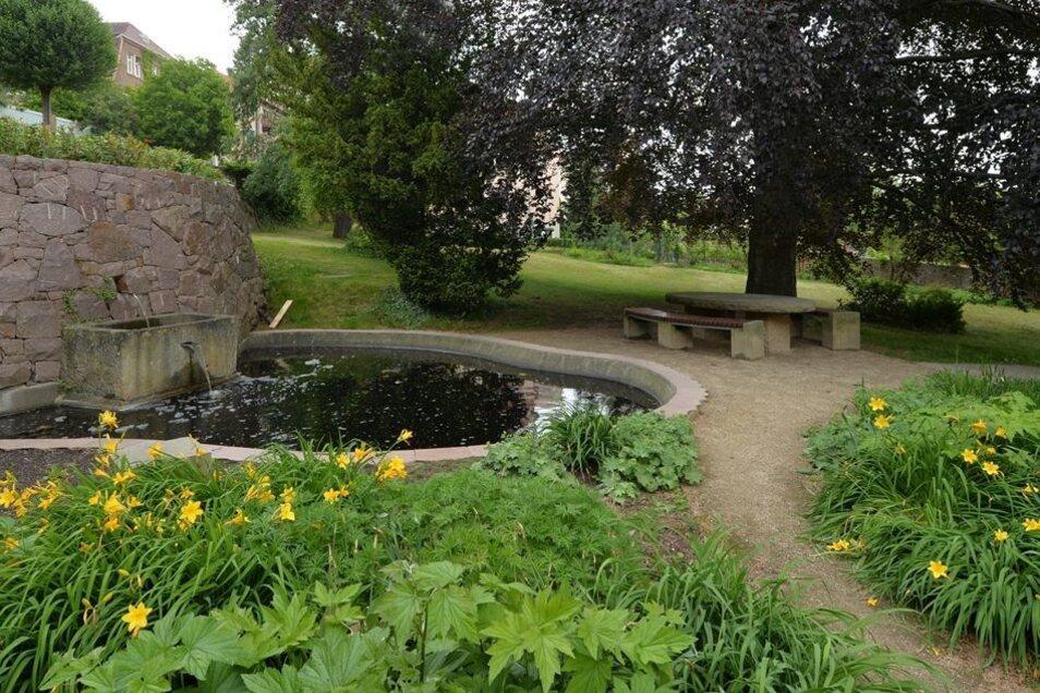Mit einer Spende von Karl-Erivan Haub konnte auch der Brunnen am Prof.-Wilhelm-Ring in Niederlößnitz eingerichtet werden.