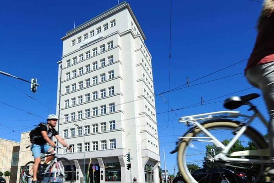 Das DDR-Museum aus Radebeul zieht in das Hochhaus am Albertplatz in der Neustadt.