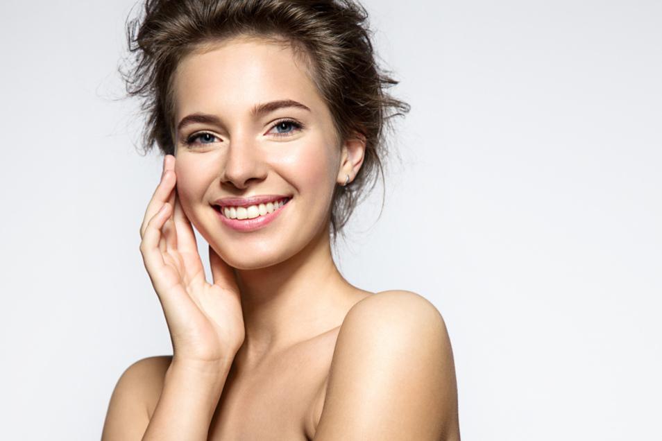 Mit Hyaluronsäure bekommt die Haut eine Extra-Portion Feuchtigkeit.
