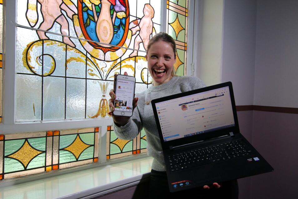 Denise Pönitz ist Sekretärin des Ostrauer Bürgermeisters und für den Auftritt der Gemeinde im Internet zuständig.