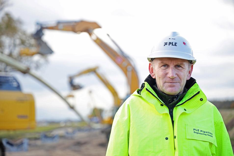 Michael Just hat im Auftrag der Ontras die Bauleitung inne. Insgesamt arbeiten 175 Personen auf der gesamten Strecke.