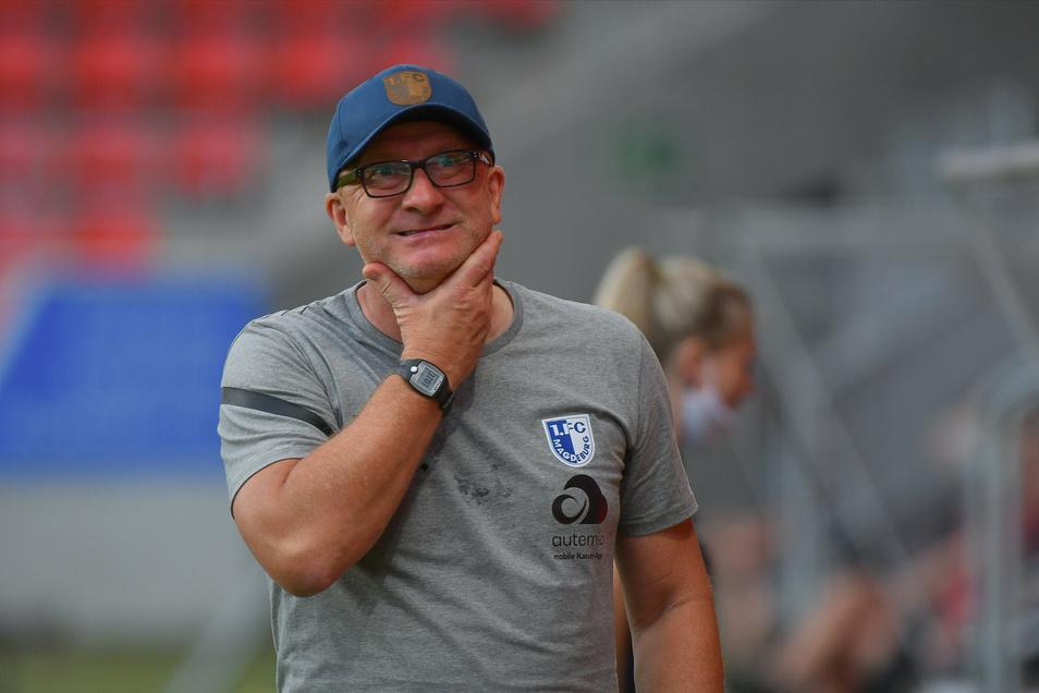 Cheftrainer Thomas Hoßmang muss wie seine Mannschaft beim 1. FC Magdeburg in häusliche Quarantäne.