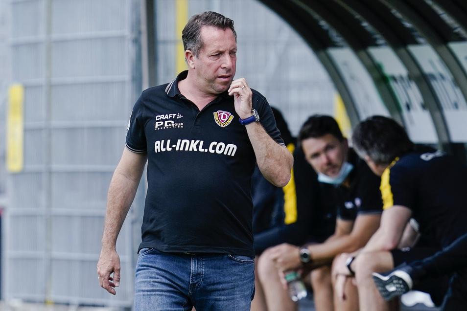 """Markus Kauczinski will sich mit den Begleitumständen des Abstiegs nicht abfinden. """"Das hat mit fairem Wettbewerb nichts zu tun"""", sagt Dynamos Trainer."""