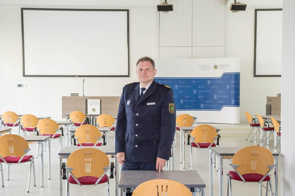 Nach zwei Jahren als Rektor der sächsischen Polizeihochschule verlässt Carsten Kaempf Rothenburg zum 1. Juli 2021.