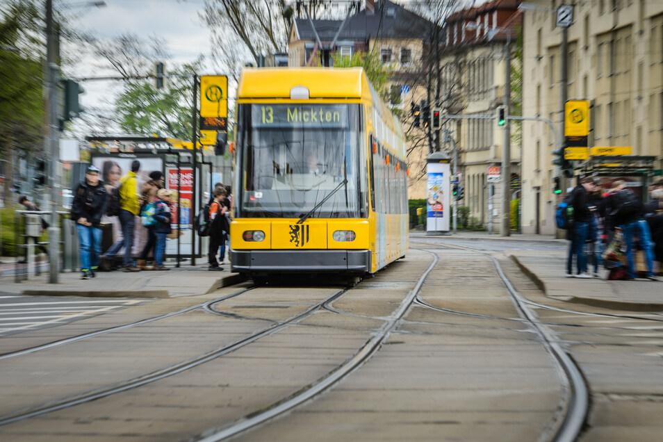 Bis zu dieser Haltestelle an der Liststraße reicht die Baustrecke. Auch die Haltestelle soll erneuert werden.