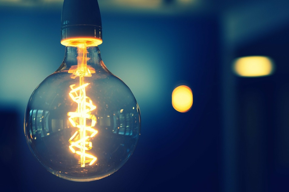 Strom ist am Großhandelsmarkt in den letzten Monaten günstiger geworden.