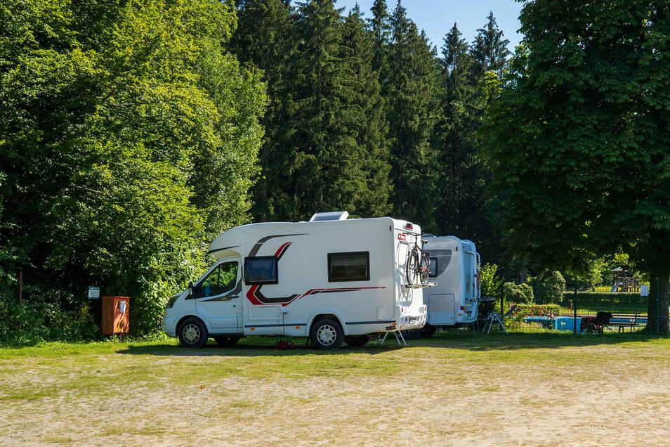 Der Caravanplatz am Polenzer Waldbad hat ganzjährig geöffnet.