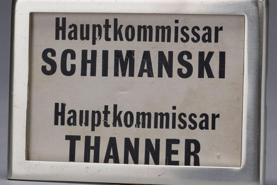 """Hinter diesem Türschild ermittelten die größten Kult- figuren der """"Tatort""""- Geschichte."""