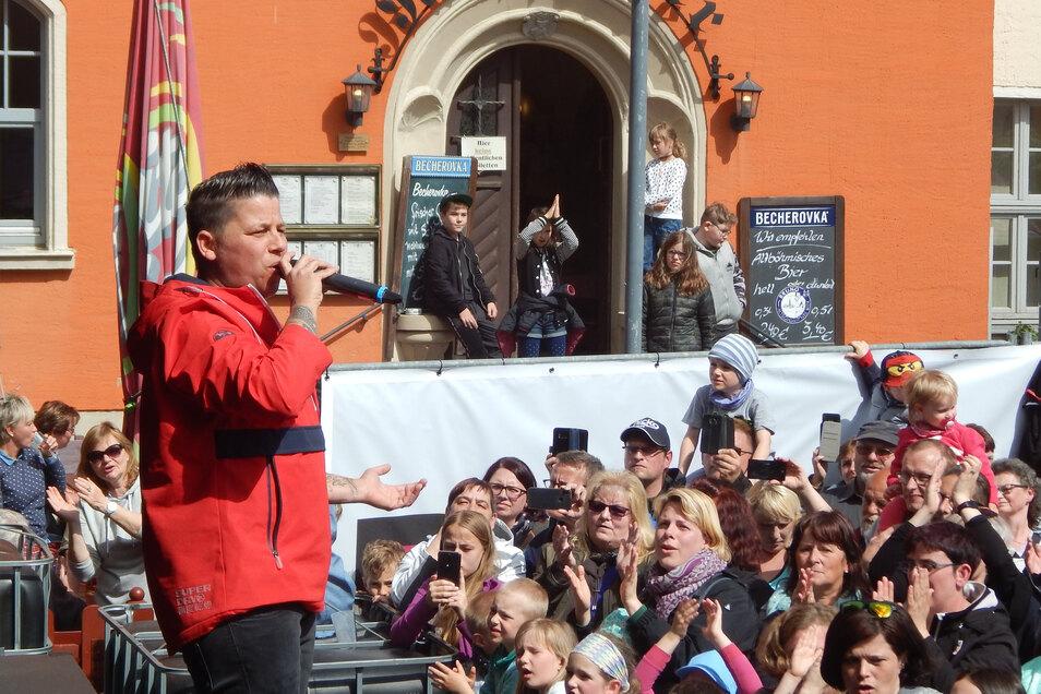 Kerstin Ott begeisterte das Publikum in Pulsnitz. Nun ist sie am Sonntag in Gelenau erneut zu erleben.