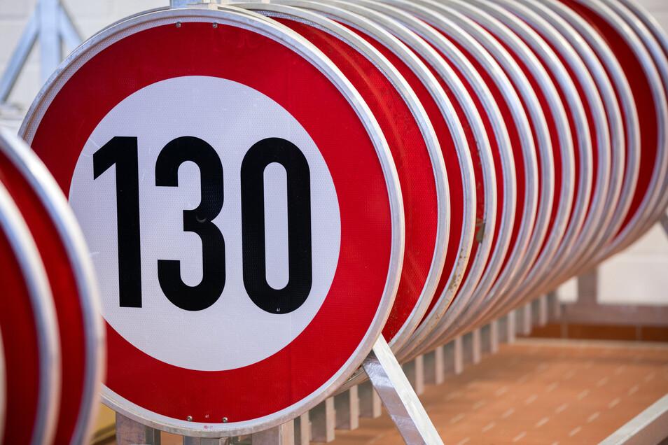 Autobahnen - Gewerkschaft der Polizei fordert unabhängiges Gutachten zu Tempolimit