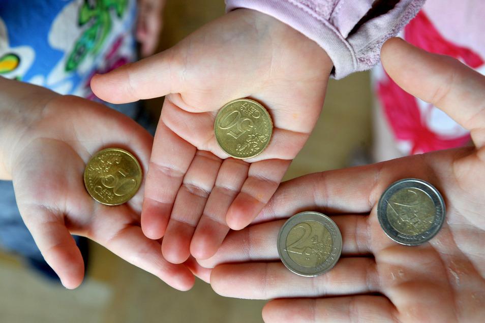 Jedes Jahr mehr Geld für den Kitaplatz: Dohnaer Eltern reicht es jetzt.
