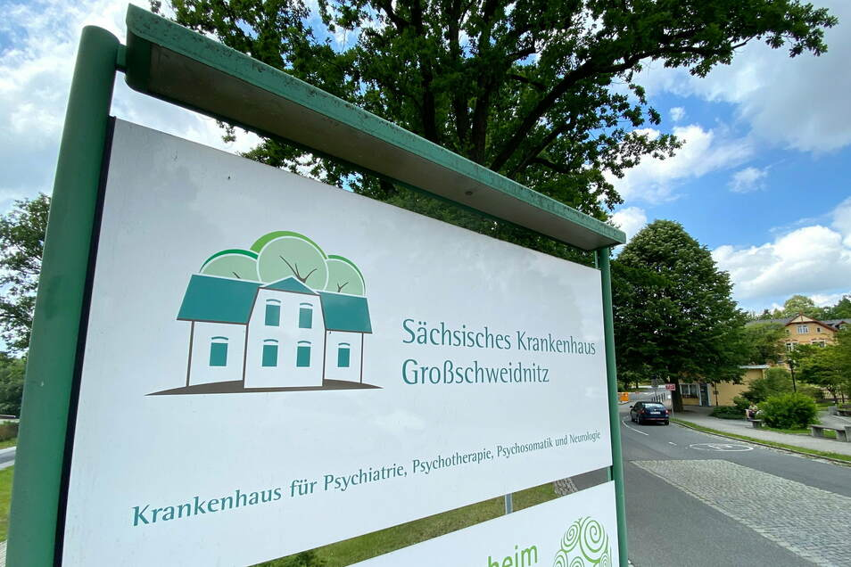 Das Sächsische Krankenhaus in Großschweidnitz hat mit Beginn der Corona-Pandemie ein Sorgentelefon eingerichtet.