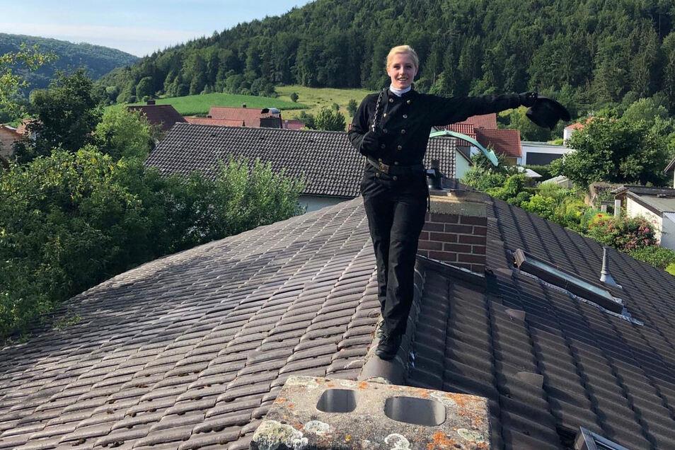 Nina Möller hat den Kehrbezirk Striegistal als bevollmächtigte Bezirksschornsteinfegerin übernommen.
