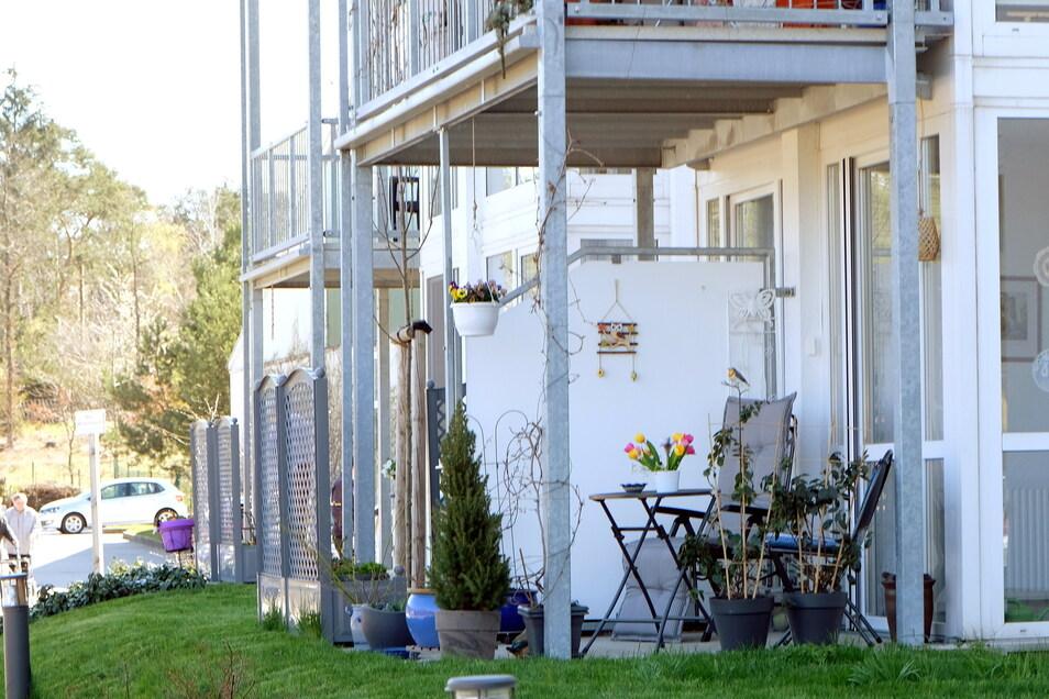 """Zwölf Bewohner leben in der Demenz-WG. Insgesamt gibt es im """"Waldhotel Weinböhla"""" 40 betreute Wohnungen."""