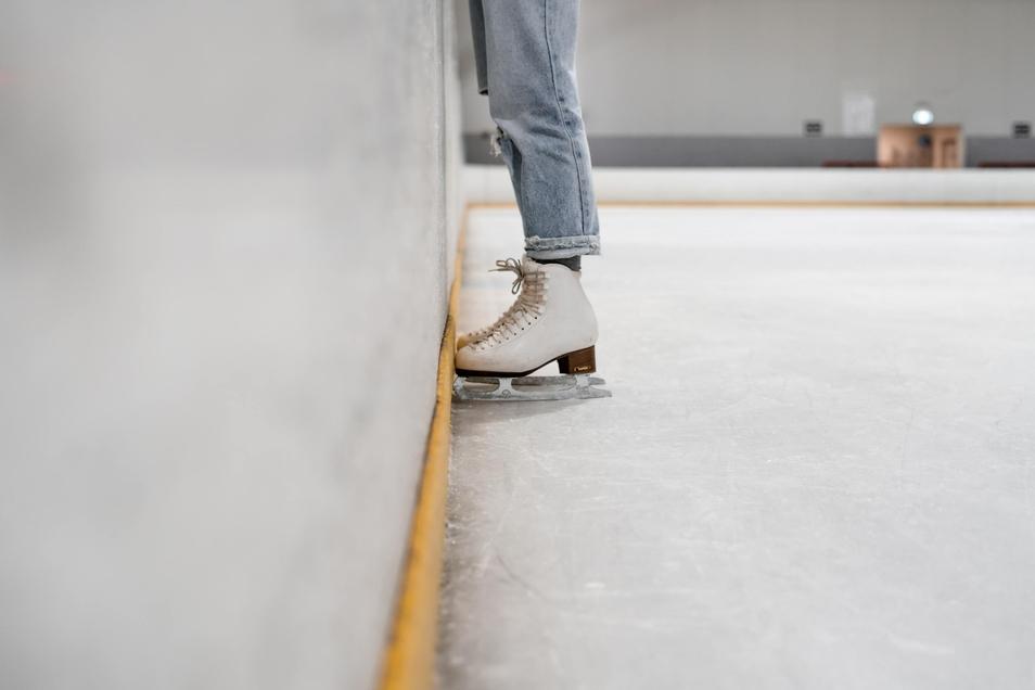 Eislaufen - auch in der Corona-Zeit ist das in Dresden möglich.