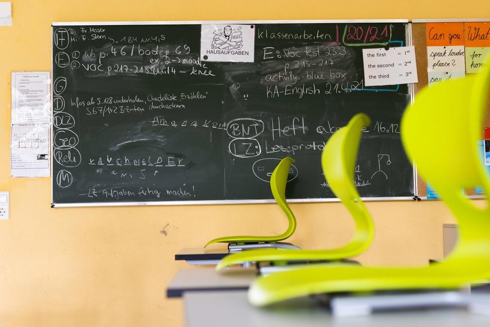 An Dresdens Schulen leeren sich die Klassenzimmer trotz Infektionen in diesem Schuljahr langsamer als vor den Sommerferien.