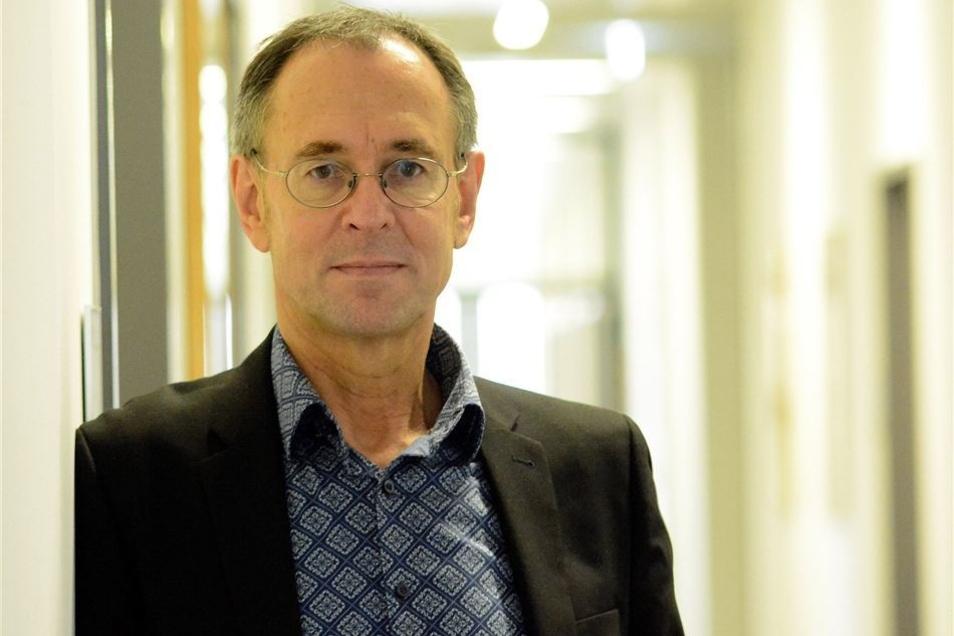 Pro. Dr. Andreas Zick leitet das Institut für interdisziplinäre Konflikt- und Gewaltforschung an der Universität Bielefeld.