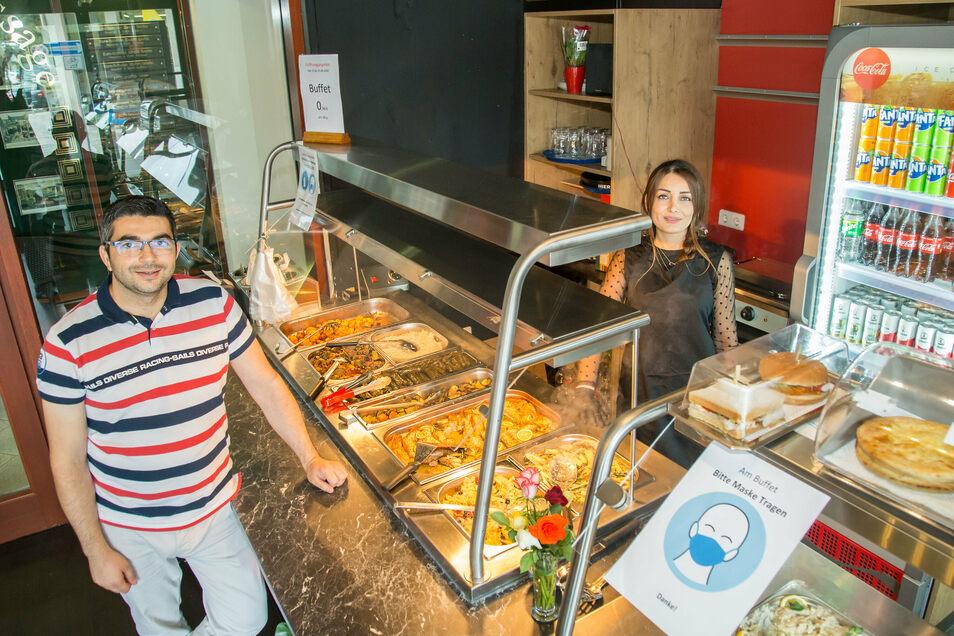 Sami Shmayess und seine Frau Etab Ammar eröffneten das Mosaik Buffet in der Strassburg-Passage in Görlitz.