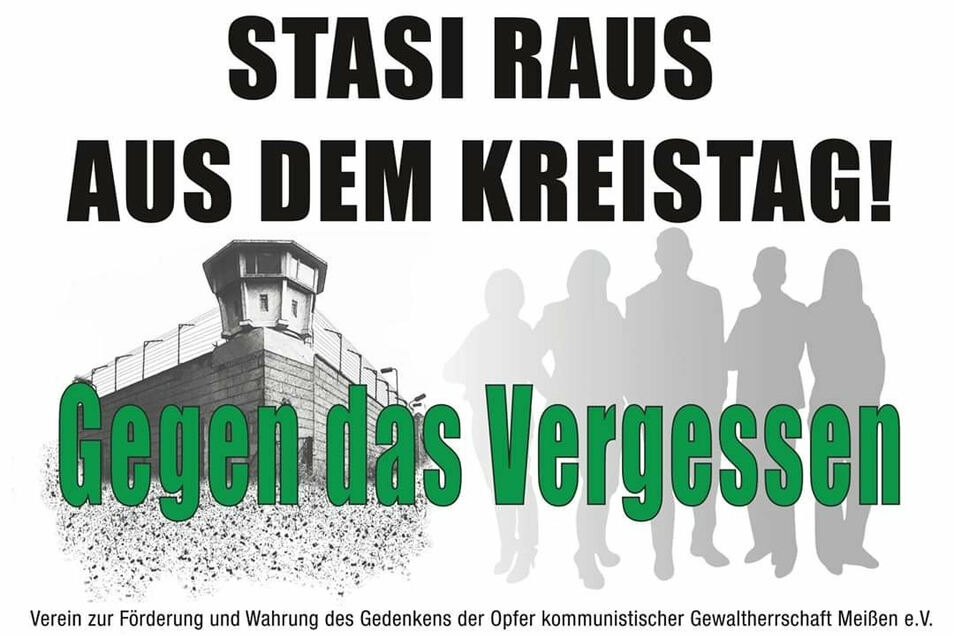 Protestplakat im Meißner Kreistag am Donnerstagabend.