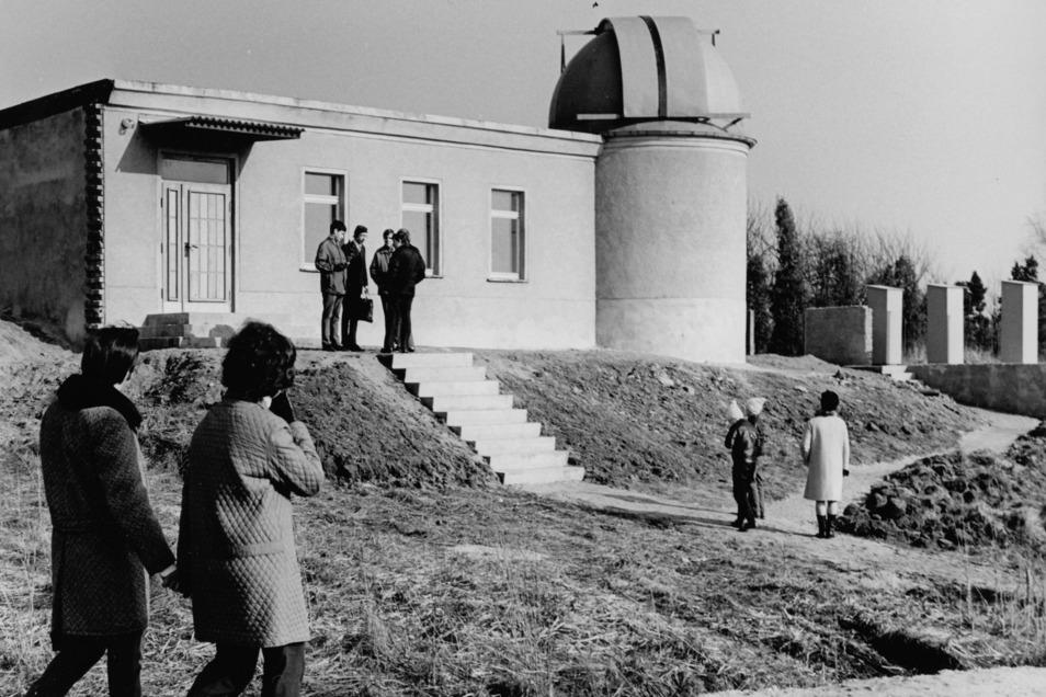 Dieses Foto entstand 1971 zur Einweihung der Sternwarte in Görlitz-Biesnitz.