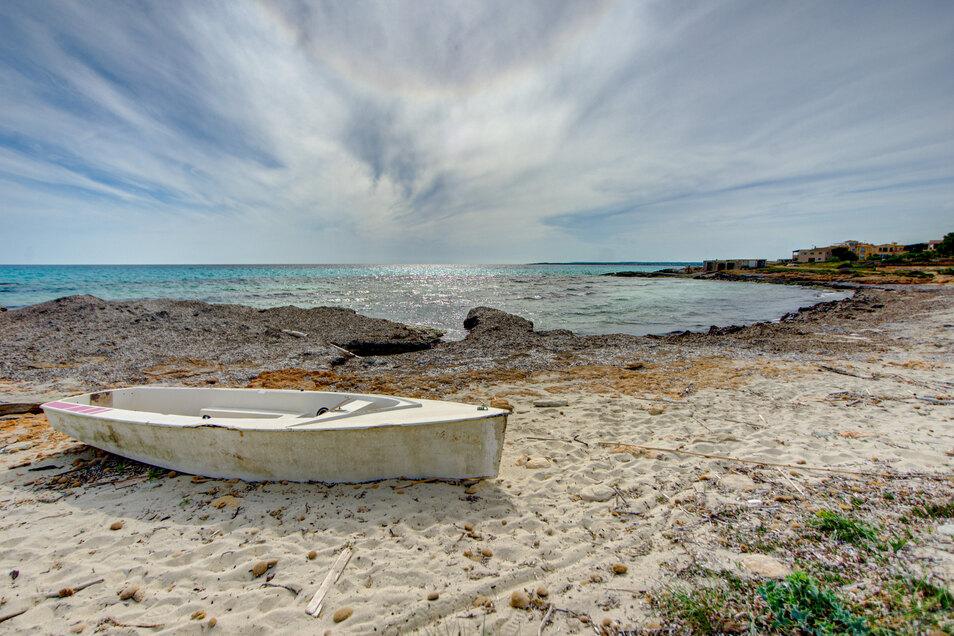Die Strände von Mallorca, wie hier in Ses Covetes, haben seit Montag wieder geöffnet.